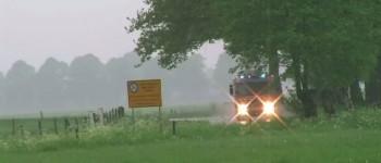 Weer raak op de kruising Toldijk – Kapelweg in Silvolde