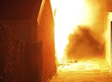 Gezocht – In brand steken kliko's en schuurtjes