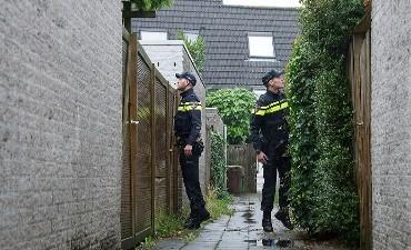 Barneveld – Tieners betrapt bij vernielingen aan huis