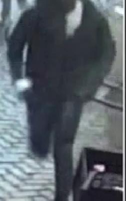 Amsterdam – Gezocht – Man zwaar mishandeld
