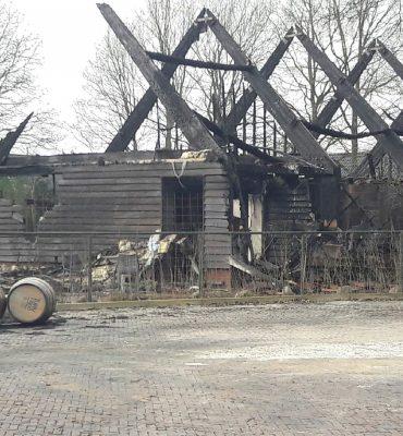 Exloo – Gezocht – Onderzoek naar brand in distilleerderij Exloo
