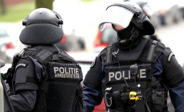 Arnhem – LIVE: Politieactie na dreiging met vuurwapen in wijkcentrum