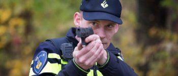 Hengelo – Politie lost waarschuwingsschot bij aanhouding inbrekers