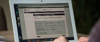 Arnhem – Arnhemmers opgepakt na te koop aanbieden gestolen computer