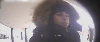 Vianen en Tilburg – Gezocht – Update: jonge vrouw pint met gestolen pasje