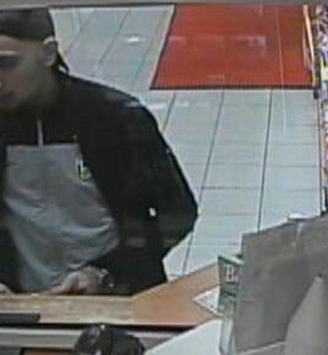 Zaandam – Gezocht – Man met vuurwapen in tankstation
