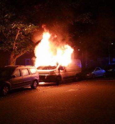 Utrecht – Gezocht – Autobranden in Parkwijk
