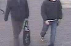 Gezocht – Wie (her)kent deze inbrekers bij een appartementencomplex in Rotterdam?