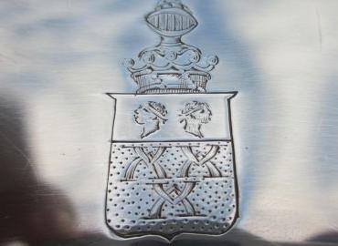 Gezocht – Inbreken bij en grote hoeveelheid zilverwerk stelen uit villa
