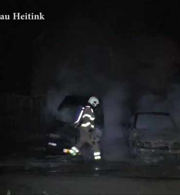 Auto's in brand in Doesburg