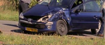 Qbuzz schampt auto – bestuurder licht gewond 03-09-14
