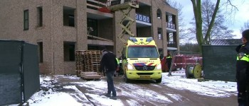 Bouwvakker zwaargewond na val van tweede verdieping in Groenlo