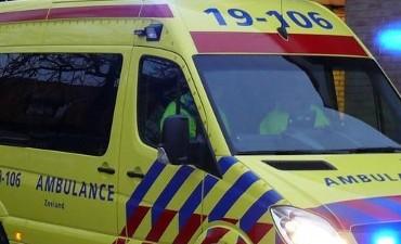 Schoonrewoerd – Scooterrijder gewond na aanrijding Schoonrewoerd