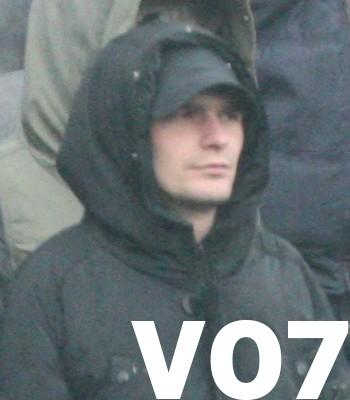 Rotterdam – Gezocht – Beelden verdachten ongeregeldheden voor wedstrijd Feyenoord  Roda JC