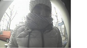 Oosterbeek – Gezocht – Zakkenrollen 83-jarige vrouw bij de COOP