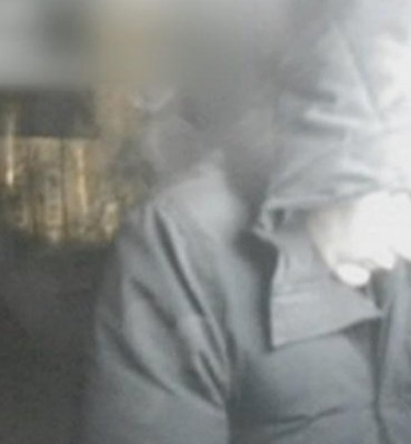 Valkenburg ZH – Gezocht – 72-jarige man slachtoffer van pinpasfraude Valkenburg ZH