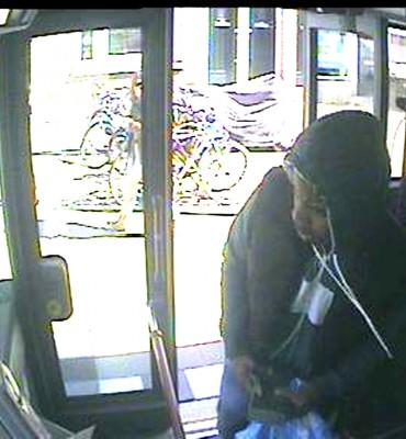 Rotterdam – Gezocht – Overvaller buschauffeurs lijn 38 gezocht