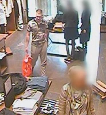 Den Haag – Gezocht – Diefstal kleding Hoogstraat Den Haag