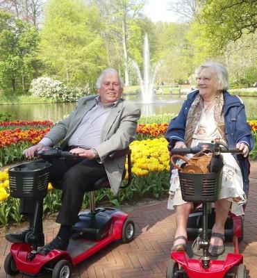 Hellevoetsluis – Gezocht – Dood echtpaar Lampers (84) na brand aan de Gruttostraat