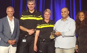 Rotterdam – Mohammed Mejdoubi wint Be a Nelson Award tijdens eerste politie Iftar