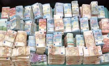 Amsterdam – Speurneus stuit op 1,3 miljoen euro