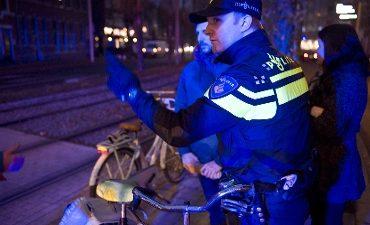 Westvoorne, Rozenburg, Brielle, Hellevoetsluis – Politie controleert op fietsverlichting