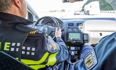 Enschede – Agenten getuige van drugsoverdracht, twee aanhoudingen
