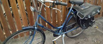 Gezocht – Van wie zijn deze aangetroffen fiets en oorringen?