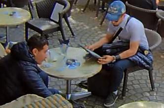 Amsterdam – Gezocht – Tas gestolen vanaf terras op de Dam