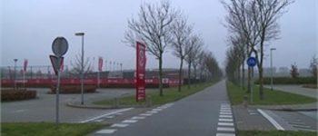 Almere – Gezocht – Jongen bedreigd met vuurwapen en beroofd