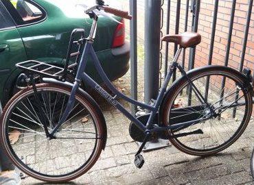 Gezocht – Van wie zijn deze twee fietsen?