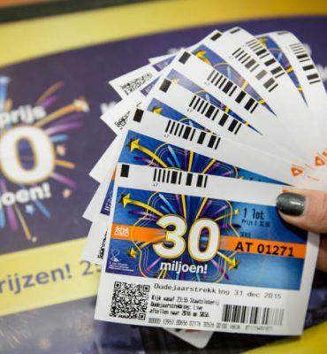 fout Staatsloterij met lotenchecker -geadviseerd word de loten voorlopig te bewaren.