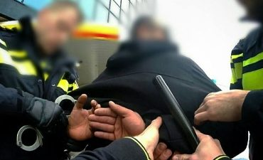 Dordrecht – Overvallers snackbar op heterdaad aangehouden