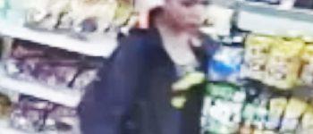 Amsterdam – Gezocht – Winkelmedewerkster mishandeld