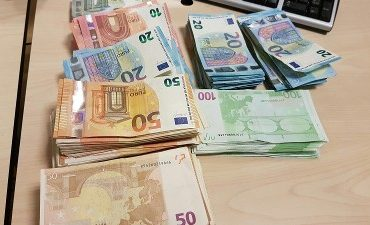 Rotterdam – Ruim 25.000 euro afgepakt