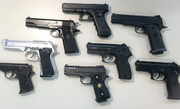 Den Haag – Aanhoudingen na melding vuurwapen
