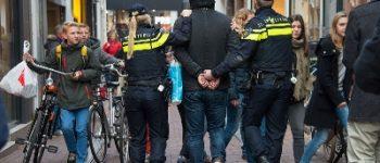 Groningen – Veelpleger aangehouden na winkeldiefstal en slaan beveiliger