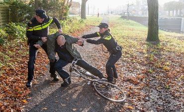 Rotterdam – Rotterdammer aangehouden voor gewelddadige beroving