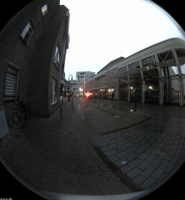 Gorinchem – Gezocht – Politie zoekt verdachte overval Vijfzinnenstraat