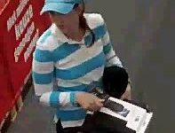 Apeldoorn – Gezocht – Vrouw steelt goederen uit winkel