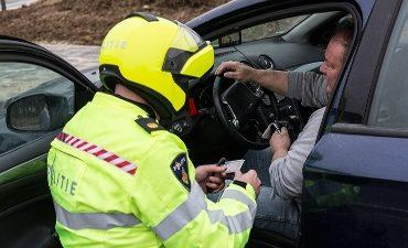 Noord-Nederland – Vier aanhoudingen bij grootschalige verkeerscontrole in Noord-Nederland