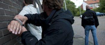 Capelle a/d IJssel – Driftige arrestant eet uit de muur