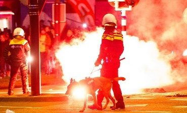 Rotterdam – Kinderen gewond door stadionfakkels bij huldiging