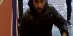 Arnhem – Gezocht – Man beroofd in bank door duo