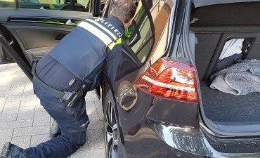 Rotterdam – Beslag op auto's en boete's geind bij actie in Spaanse polder