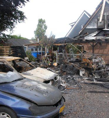 Emmen – Gezocht – Politie heropent brandstichtingsonderzoek uit 2015