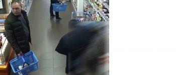 Diepenveen – Gezocht – Zakkenrollers stelen portemonnee vrouw in supermarkt