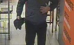 Huizen – Gezocht – Politie zoekt dief portemonnee