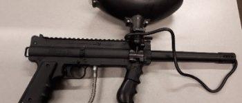 Zwijndrecht – Vuurwapens en munitie de wijk uit