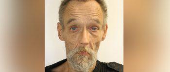 Den Haag – Gezocht – Overleden man (53) aangetroffen in een woning in Den Haag